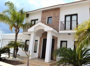 Detached House for sale Rest of Larnaca 310 ㎡ 5 Bedrooms