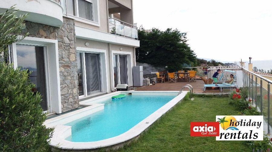 einfamilienhaus zu verkaufen palio kavala ausgezeichnete villa 400 qm in einem einzigartigen. Black Bedroom Furniture Sets. Home Design Ideas