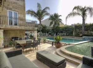 villa for sale Żebbuġ, 240 ㎡