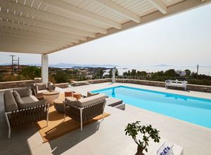 Villa for sale Paros 290 m<sup>2</sup> 1st Floor