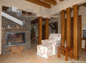 Detached House for sale Gorianades (Karpenisi) 427 m<sup>2</sup> Ground floor 4 Bedrooms 3rd photo