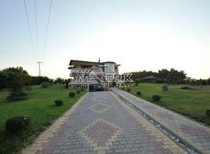 Μονοκατοικία προς πώληση Κασσάνδρα Καλλιθέα 600 τ.μ. Ισόγειο