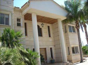 Μονοκατοικία προς πώληση Λεμεσός (κέντρο) 450 τ.μ. 5 Υπνοδωμάτια
