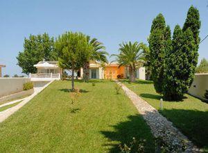 Μονοκατοικία προς πώληση Μπρίνια (Βουπρασία) 220 τ.μ. 5 Υπνοδωμάτια