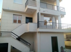 Rent, Detached House, Center (Pefka)