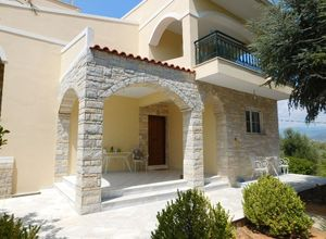 Detached House for sale Mikri Mantineia (Kalamata) 230 m<sup>2</sup>