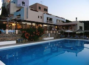 Ξενοδοχείο προς πώληση Άγιος Νικόλαος 2.000 τ.μ. 2ος Όροφος