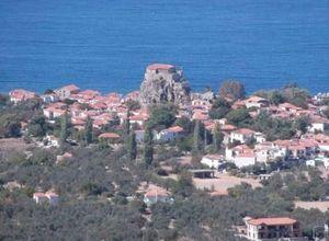 Μονοκατοικία προς πώληση Λέσβος - Πέτρα 220 τ.μ. 3 Υπνοδωμάτια